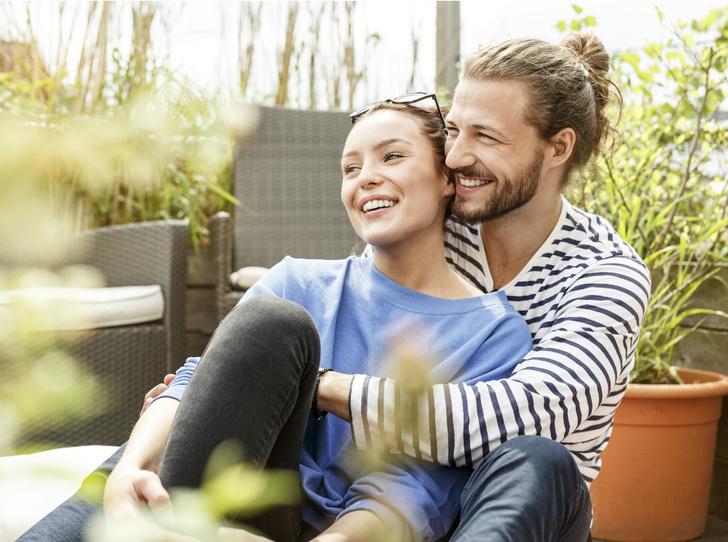Фото №2 - Открытый брак, «временная семья» и сологамия: новые типы отношений XXI века