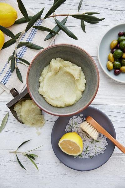 Фото №1 - С кислинкой: как использовать лимон для красоты кожи и волос