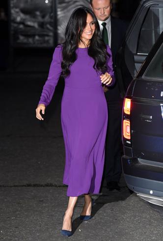 Фото №3 - 10 впечатляющих платьев в фиолетовой гамме, как у герцогини Меган