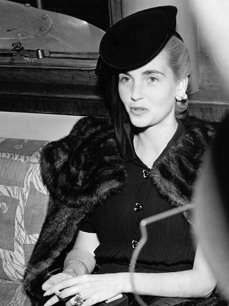 Фото №7 - «Бедная маленькая богачка»: почему миллионное наследство и семь мужей так и не принесли счастья Барбаре Хаттон