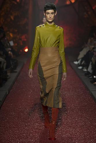 Фото №9 - Как сочетать кожаные вещи между собой: мастер-класс от Hermès FW18-19