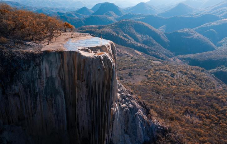 Фото №1 - На краю каменного «водопада»