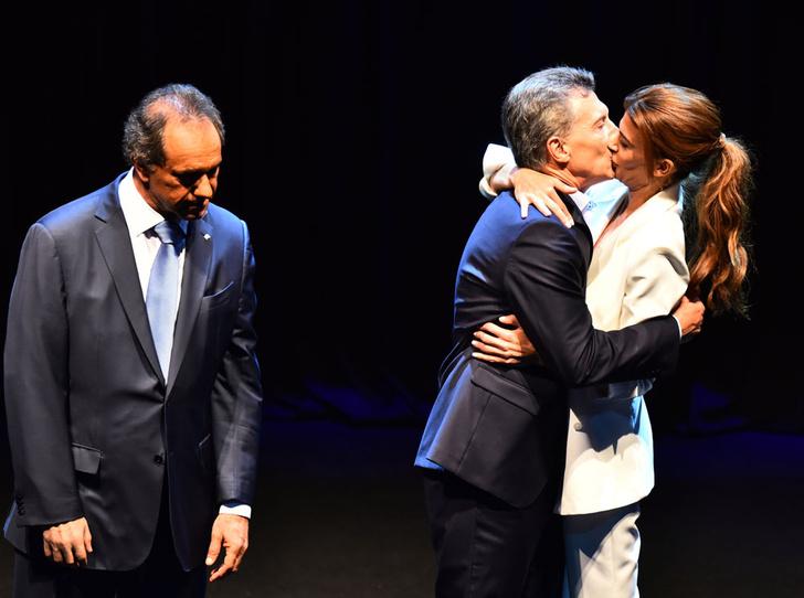 Фото №12 - Этикет первых леди: что можно (и нельзя) супругам президентов