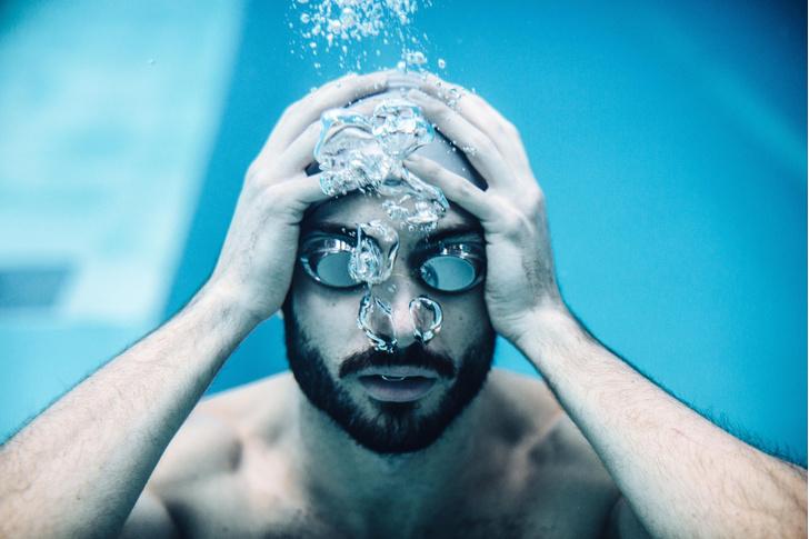 Фото №1 - У людей обнаружена наследственная способность к плаванию под водой
