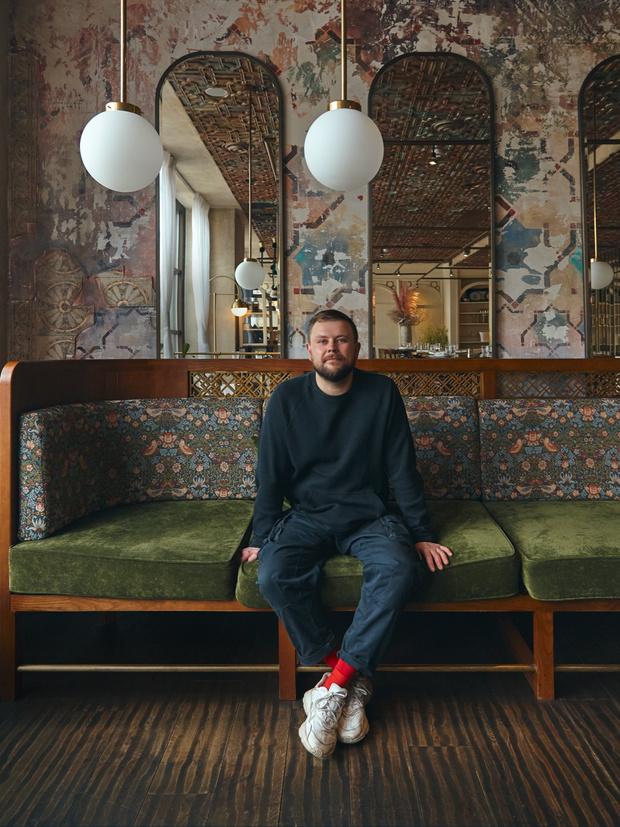 Фото №12 - Стена почета: кому заказать художественную роспись стен