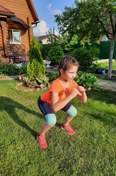 Фото №3 - Зарядка для малышей: 5 упражнений, которые нужно делать каждый день