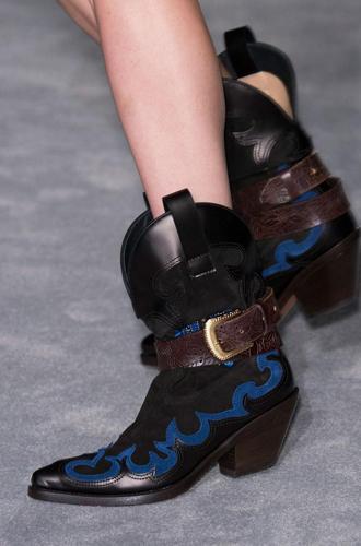 Фото №43 - Самая модная обувь сезона осень-зима 16/17, часть 2