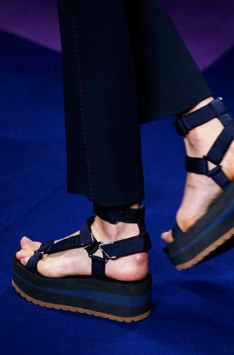Фото №20 - 10 весенних трендов с Недели моды в Милане