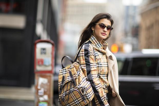 Фото №2 - В список желаний: 20 стильных сумок этой осени