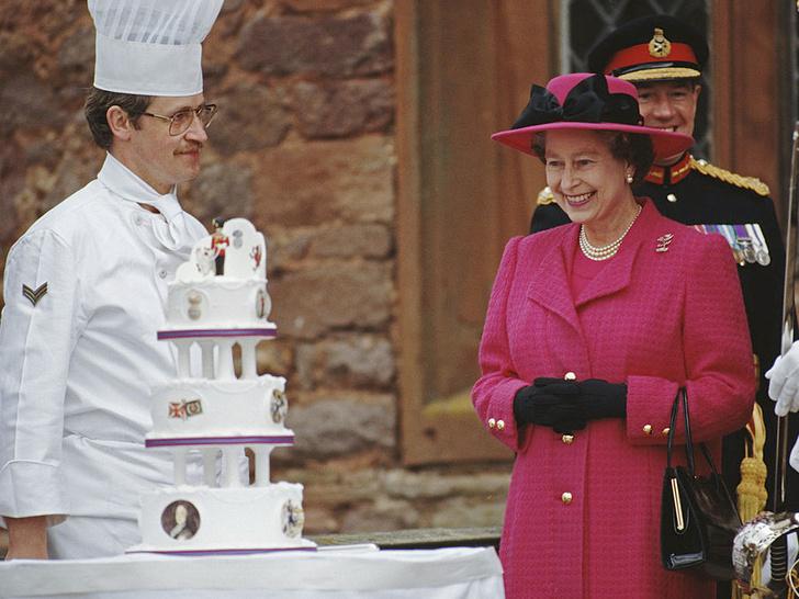Фото №2 - Какое популярное блюдо Королева никогда не пробовала