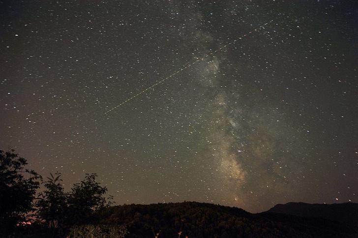Фото №1 - Где посмотреть первый весенний звездопад