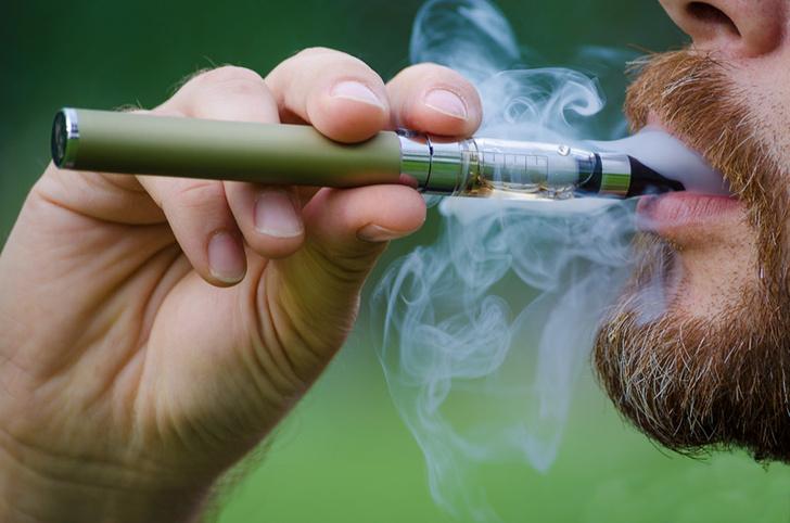 Фото №1 - Электронные сигареты опасны