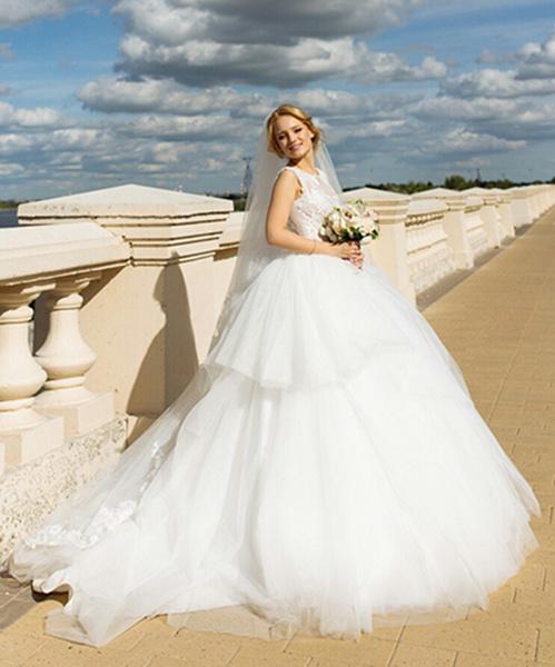 Фото №1 - Под марш Мендельсона: актуальные тренды свадебной моды