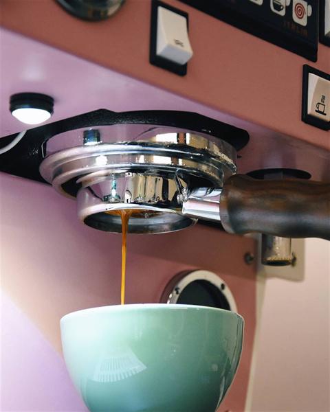 Фото №2 - Стоит ли отказываться от кофе