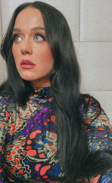 Кэти Перри парик волосы цвет волос стрижка