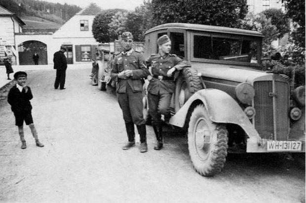 Фото №5 - Что известные автомобильные бренды выпускали во время Второй мировой