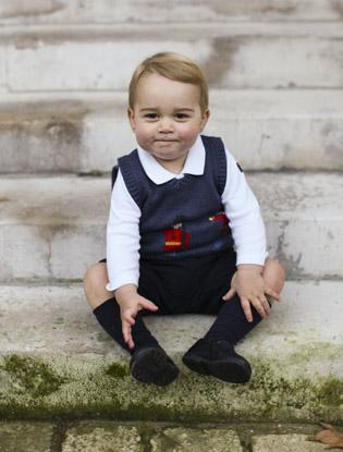 Фото №2 - Принц Джордж получил дорогой подарок от принца Чарльза