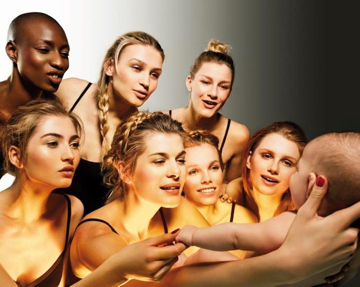 Фото №1 - В Москву приедет выставка Антонио Бандераса «Women in Gold»