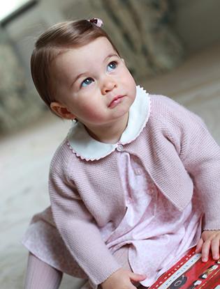 Фото №20 - Принцесса Шарлотта Кембриджская: первый год в фотографиях