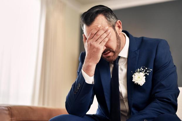 Фото №1 - Его уже ищут: мужчина в Питере сбежал со своей свадьбы сразу после росписи