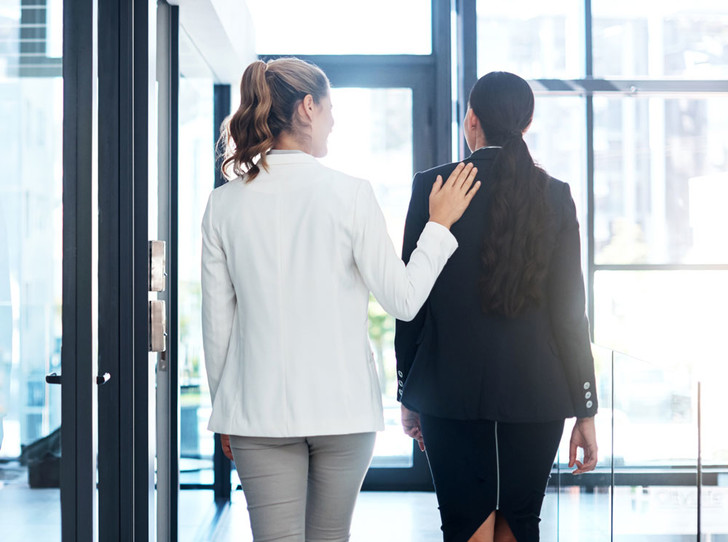 Фото №6 - Трудные слова: как сообщать негативные новости сотрудникам, клиентам, партнерам