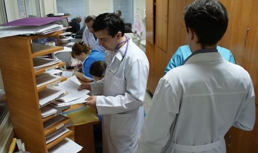 Фото №1 - Сотрудники НИИ скорой помощи им. Джанелидзе ждут, когда им начислят честную зарплату