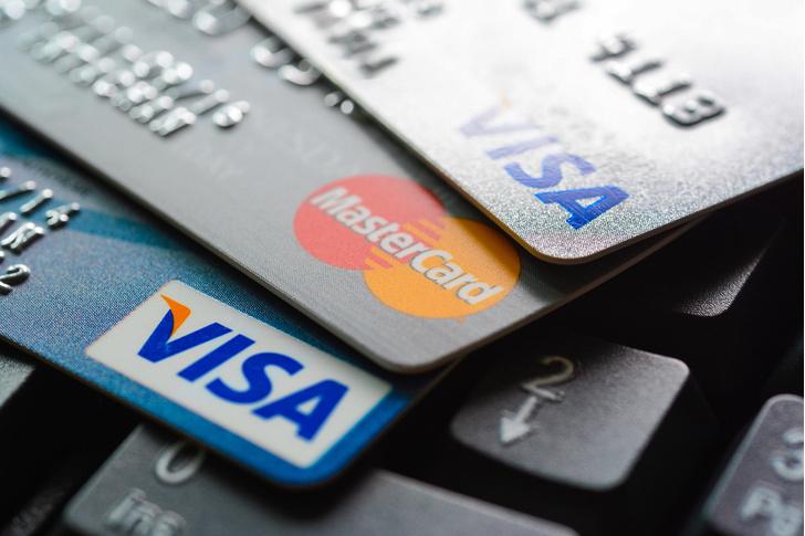 Фото №1 - Кассир из Токио с одного взгляда запомнил около 1300 номеров кредитных карт