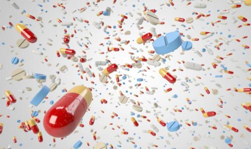 """Фото №1 - Врачи мира - против лекарства от гриппа. Почему после 20-летнего использования эксперт Кокрейна «подал в суд» на """"Тамифлю"""""""