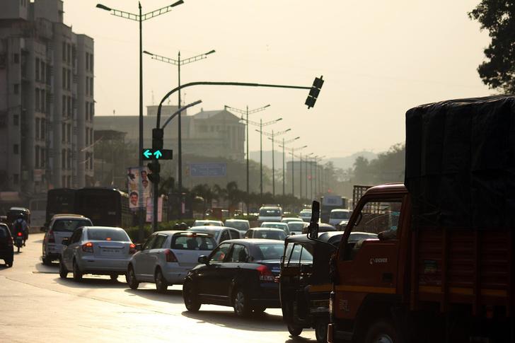 Фото №1 - Карающий светофор в Мумбаи: чем больше ты гудишь, тем дольше будешь ждать