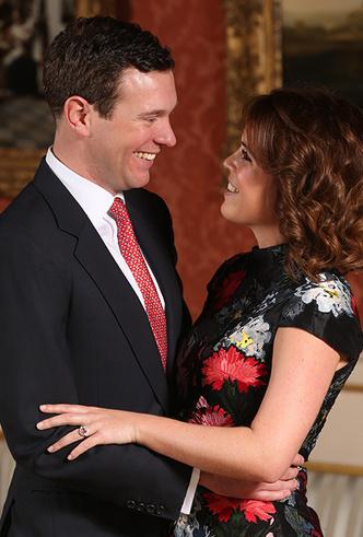 Фото №5 - Принцесса Евгения публично призналась в любви жениху