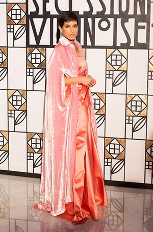 Фото №6 - Ее Высочество Дина Абдулазиз— самая модная принцесса Востока