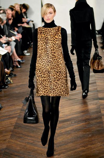 Фото №11 - 7 модных платьев, 7 модных интерьеров