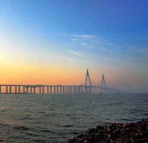 Фото №1 - В Китае закончен самый длинный в мире мост