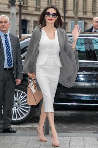 Фото №8 - Анджелина в Париже: Guerlain, Лувр и встреча с Брижит Макрон