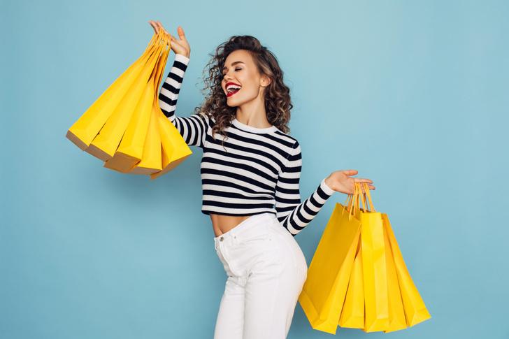 Фото №1 - Онлайн vs офлайн: где шопоголику сэкономить больше и почему стоит наполнять корзины на сайте за день до распродажи