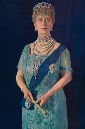 Фото №20 - Утраченные сокровища Империи: самые красивые тиары Романовых (и где они сейчас)
