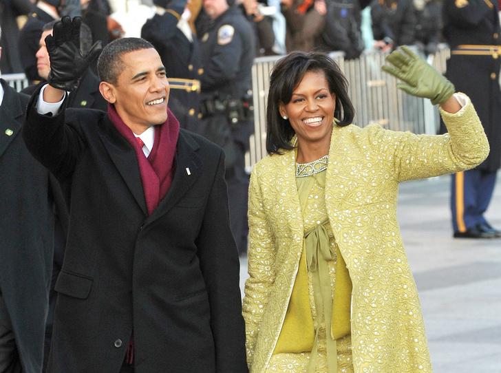Фото №2 - Почему Мишель Обама отказалась фотографироваться с Трампами