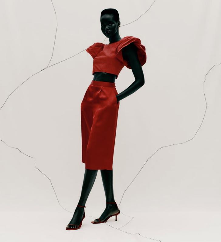 Фото №1 - Это все о страсти: Zara выпустила коллекцию полностью в красном цвете