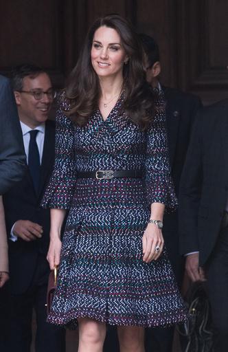 Фото №27 - Гардероб на миллион: самые дорогие наряды герцогини Кейт