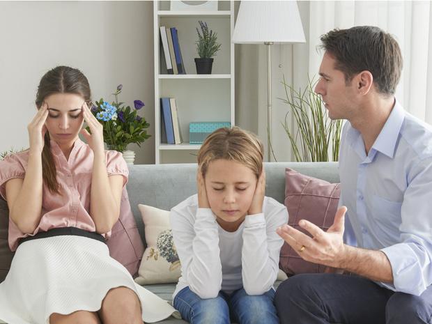 Фото №1 - Плохое наследство: 8 признаков, что вы росли в токсичной семье