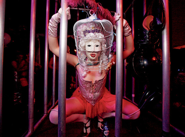 Фото №6 - Секс-клубы Лондона