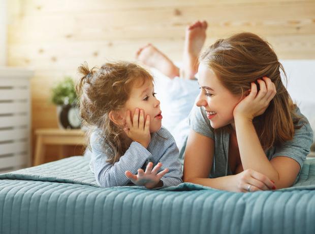 Фото №1 - Как и о чем говорить с ребенком