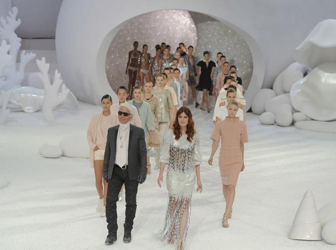 Фото №12 - 14 культовых показов за всю историю Недели Моды в Париже