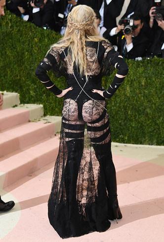 Фото №16 - Икона стиля, феминизма и музыки: как Мадонна стала главным инфлюенсером столетия