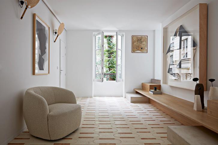 Фото №5 - Среда обитания: квартира галеристки Амели дю Шарлар в Париже