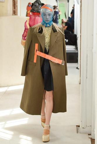 Фото №2 - Новое модное кредо Джона Гальяно