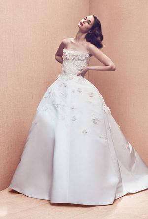 Фото №2 - Завершающий штрих: как выбрать обувь для свадебного образа