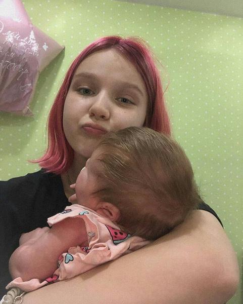 Фото №1 - Как сложилась судьба красноярской школьницы, забеременевшей в 13 лет