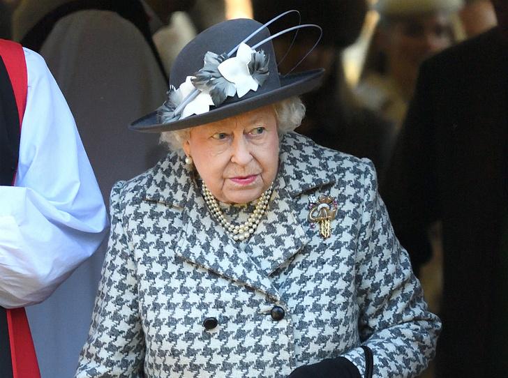 Фото №2 - Почему принц Джордж может не стать королем (и при чем здесь Гарри и Меган)