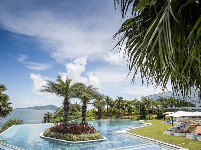 Фото №1 - Затеряться в море: на крошечном острове в Китае открылся курорт Club Med